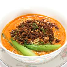 広東料理の名匠が生み出した人気メニュー「花梨」名物の担々麺